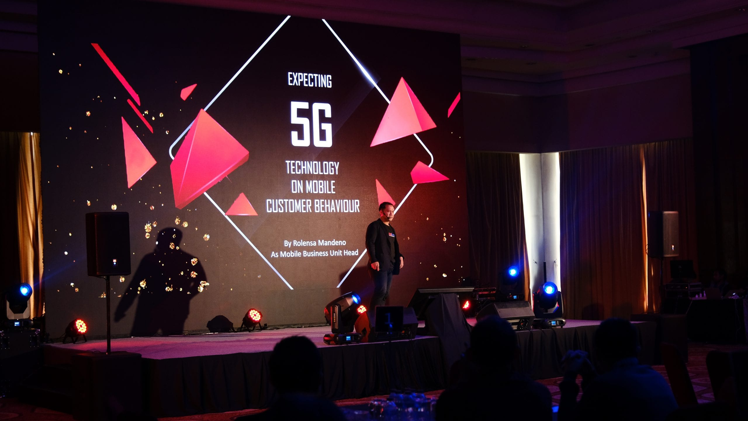 Dampak Teknologi 5G Pada Mobile Customer Behavior