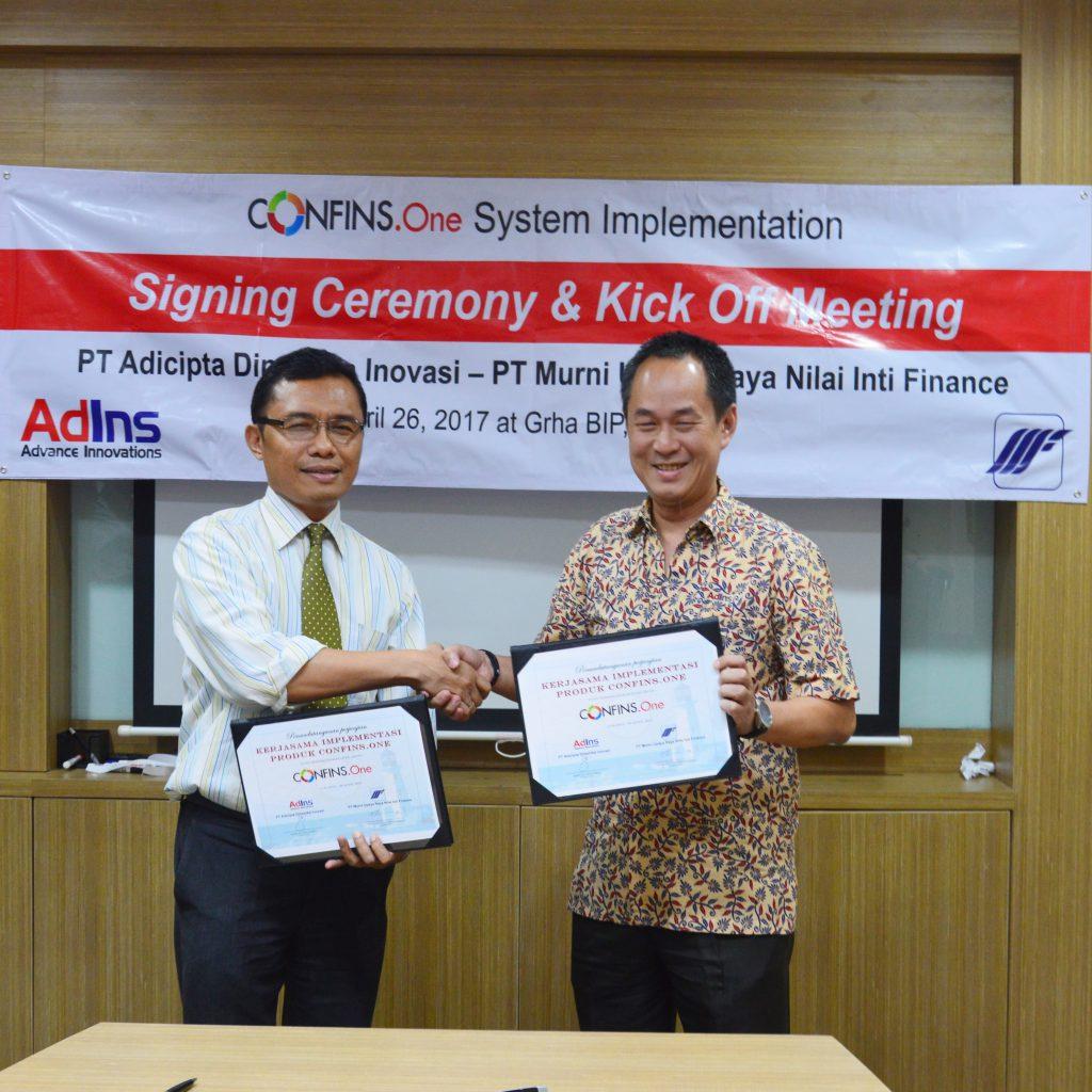 Seremonial Penandatanganan Sistem Implementasi CONFINS.One dan Rapat Perdana Murni Finance