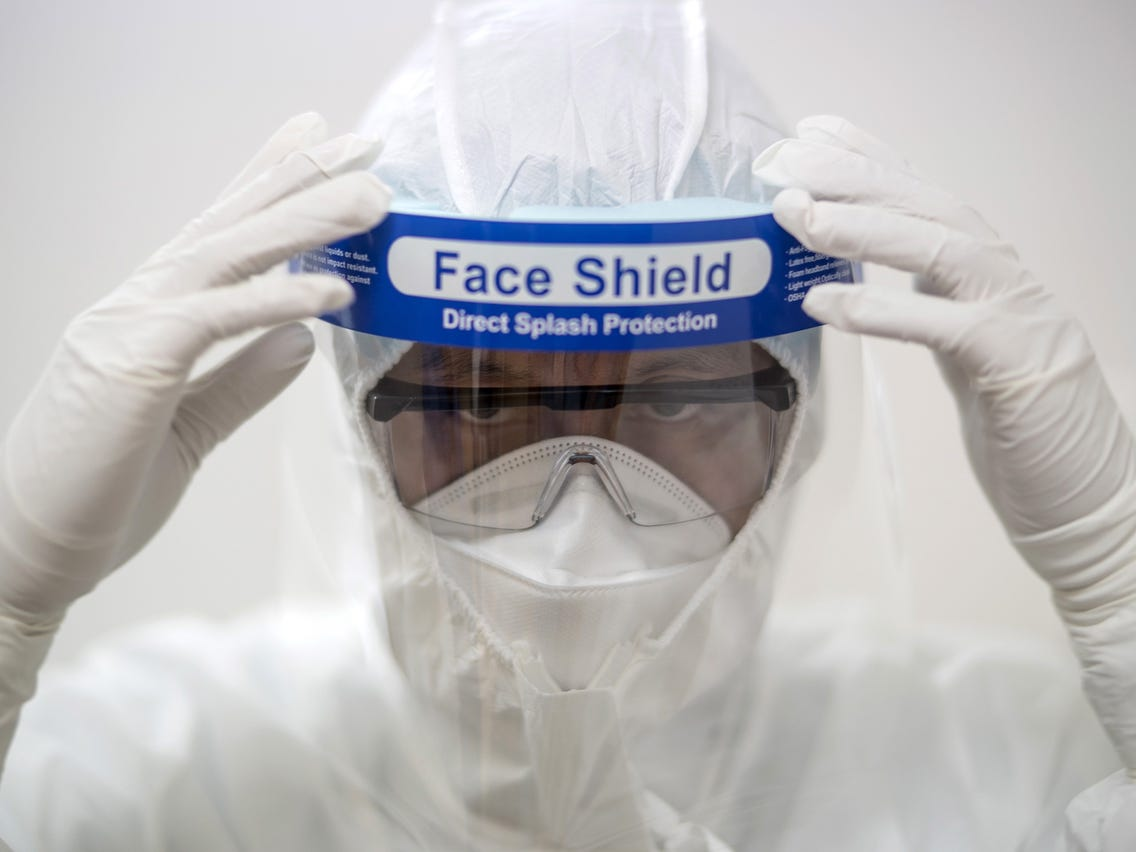 Faceshield To Fight Against COVID-19